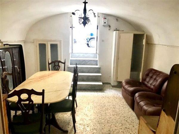 Casa indipendente in vendita a monopoli via san martino - Agenzia immobiliare monopoli ...